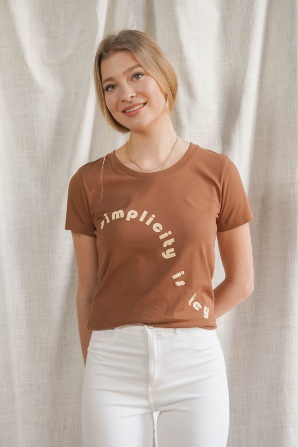 Simplicity is key t-shirt | cognac